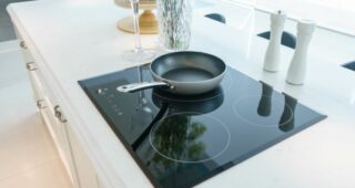 9 Best Induction Cooktop in India (2021) – Buyer's Guide & Expert Reviews!