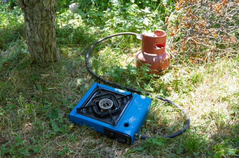 single burner gas stove and cylinder